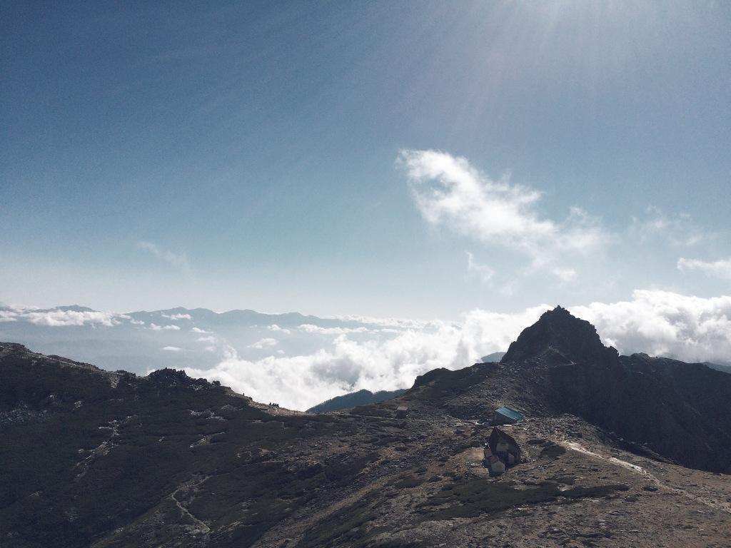 中岳から望む宝剣岳