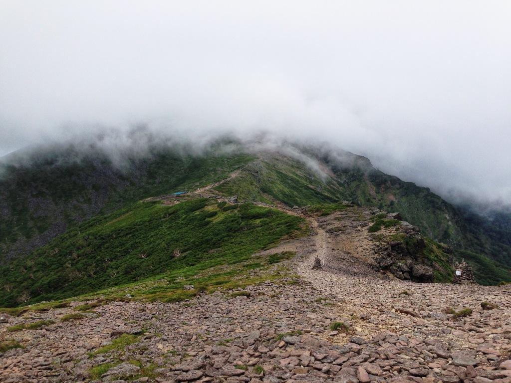 硫黄岳_横岳 稜線上から